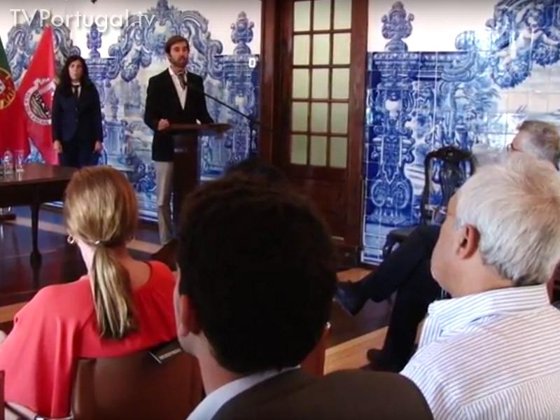 Assinatura de Protocolo Bolsas Sociais 2016, Camara Municipal de Cascais, Apoios Sociais, Creches, Familias, Cascais, Lisboa, Televisões Regionais, Lisboa